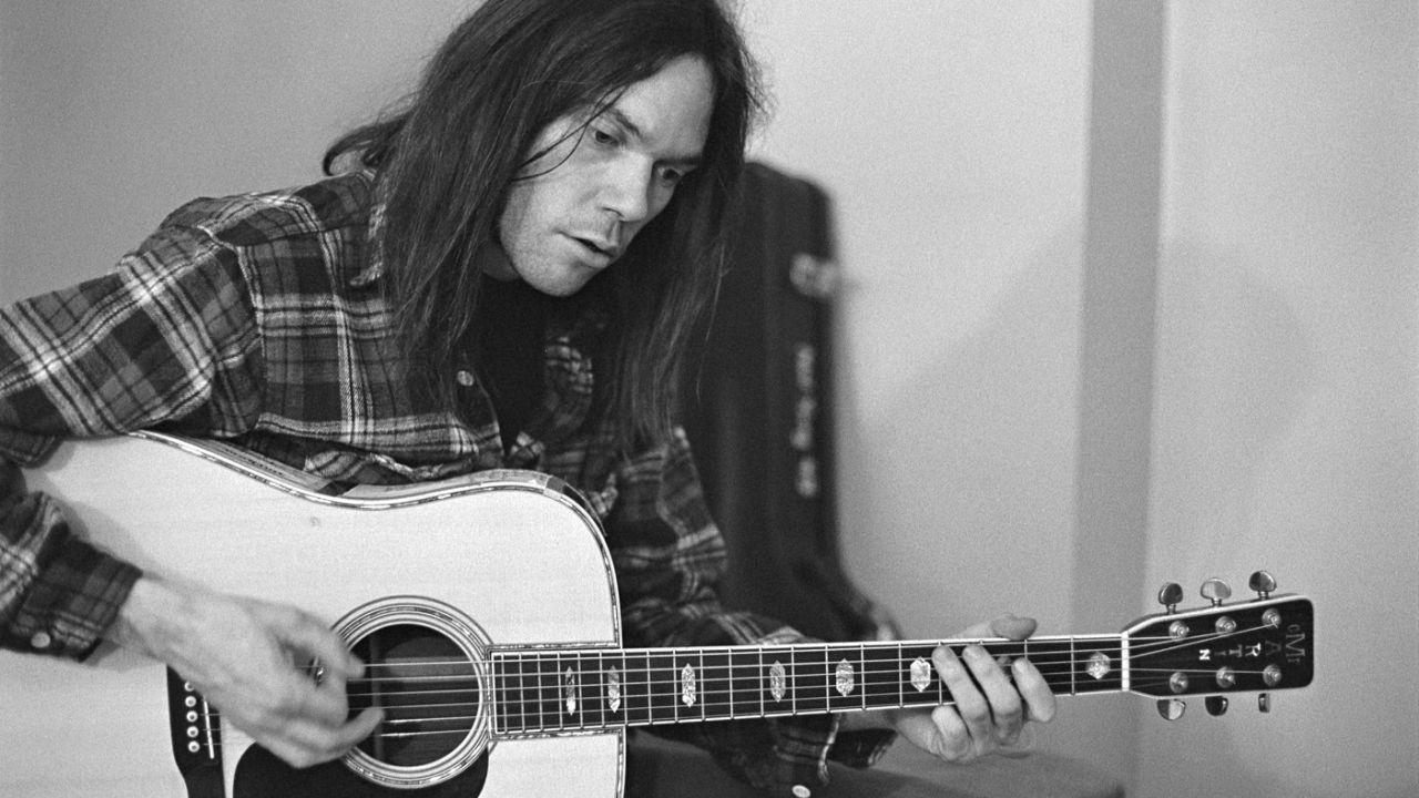 NEIL YOUNG – Testi, traduzioni in italiano, video e news
