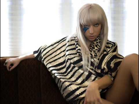 Poker Face – Testo, traduzione e video del singolo di Lady Gaga