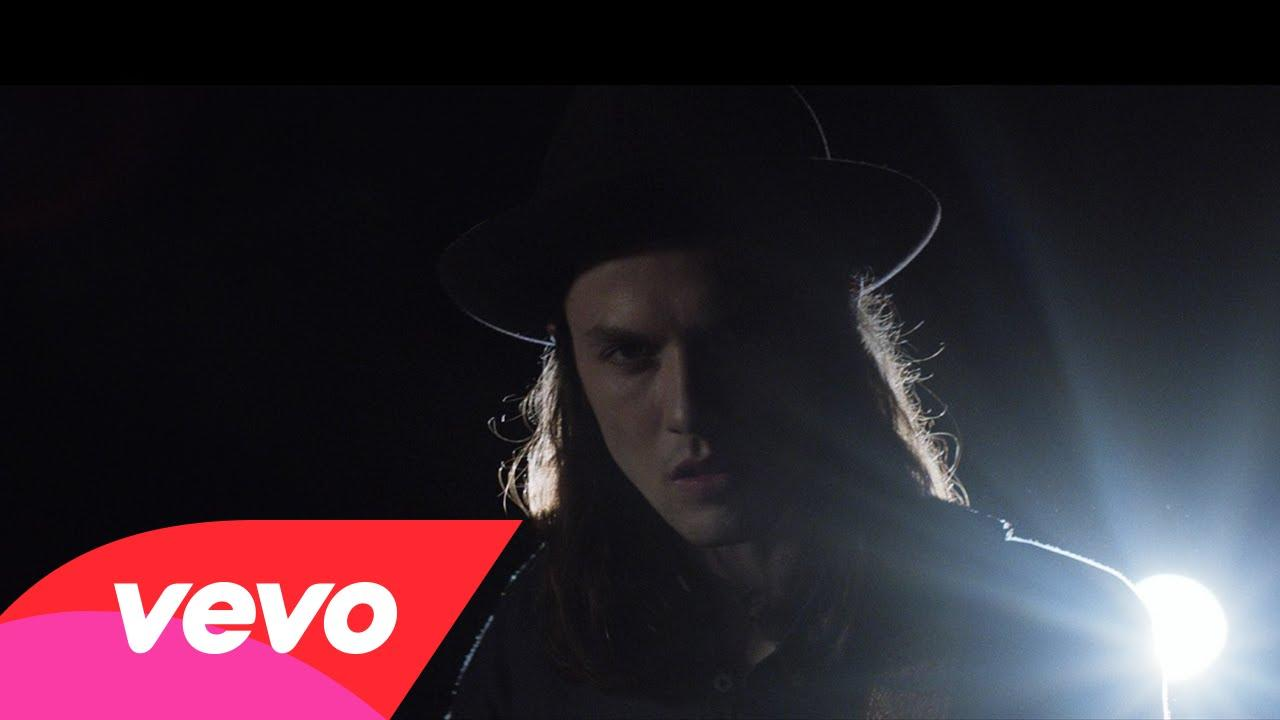 Hold Back The River – James Bay – Testo Traduzione e Video e video
