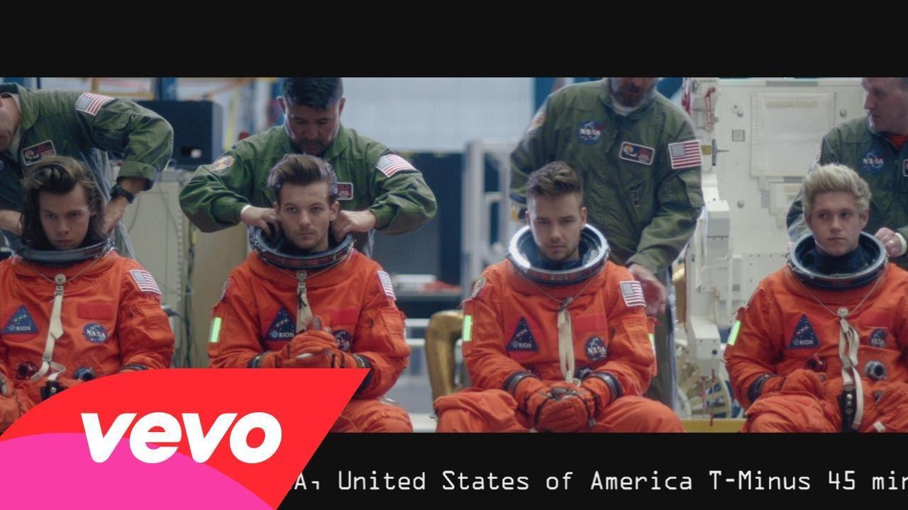 One Direction – Drag Me Down Traduzione in italiano e Video